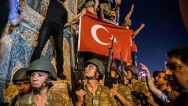 اعتقال 120 من أفراد الجيش لصلاتهم بفتح الله غولن
