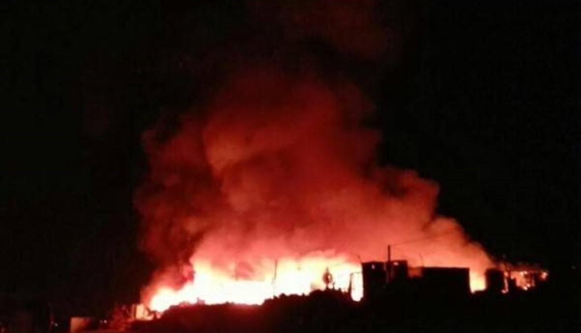 حريق داخل مخيم للنازحين في الوزاني أضراره مادية
