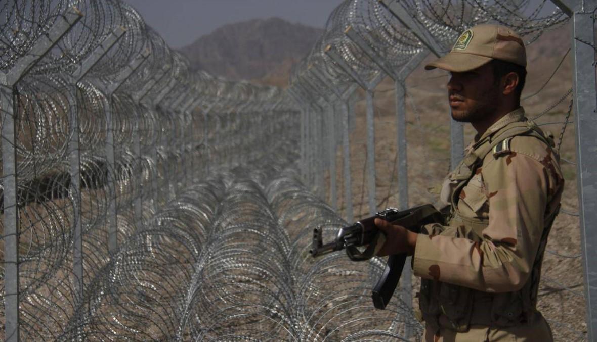 مقتل ثلاثة من أفراد الأمن الإيرانيين عند حدود باكستان