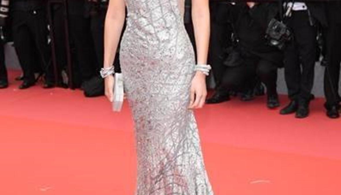 "Bella Hadid  تتألّق بثوب من تصميم ايلي صعب في ""كان"""