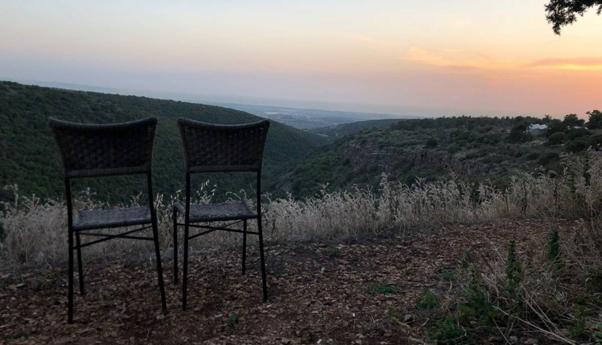 زيارة خاطفة إلى المناطق المهجّرة ومشاعر مختلطة ... قرى فلسطينية بعين شاكر خزعل (فيديو وصور)