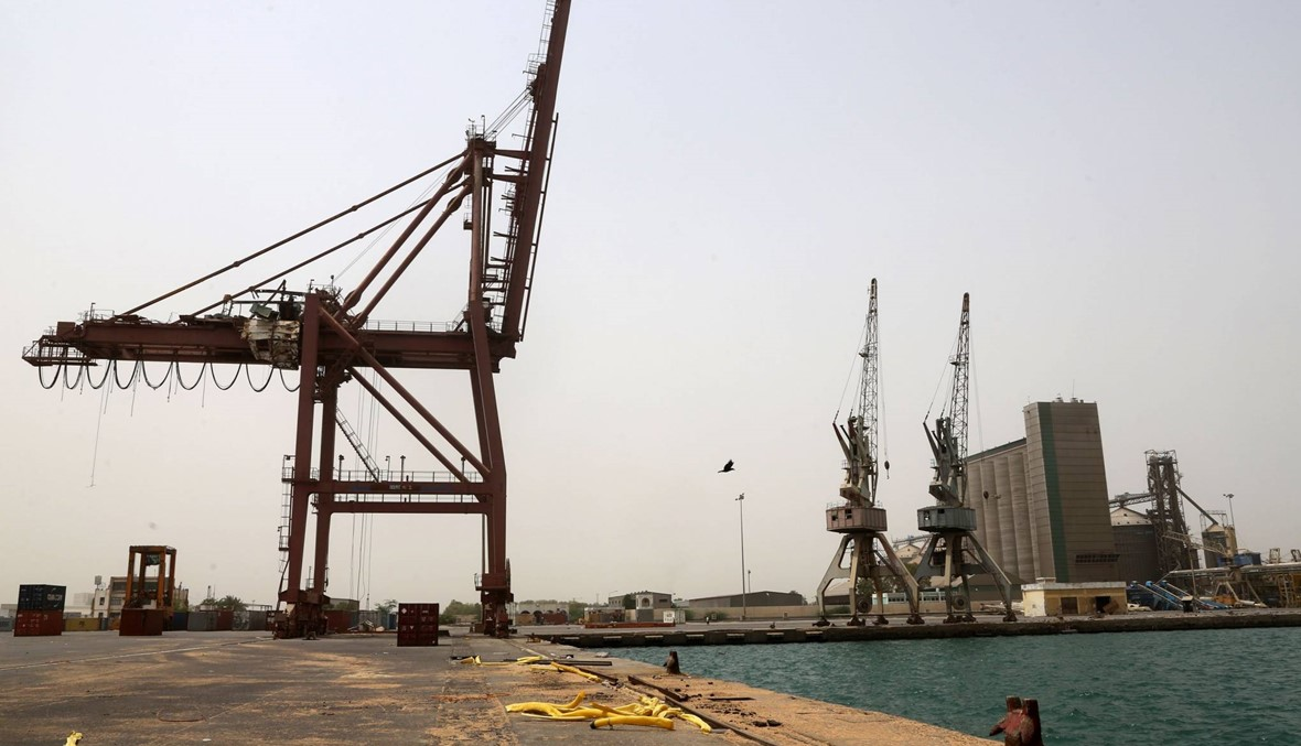 """الإمارات: """"وقف موقت"""" للعملية العسكرية في الحديدة"""