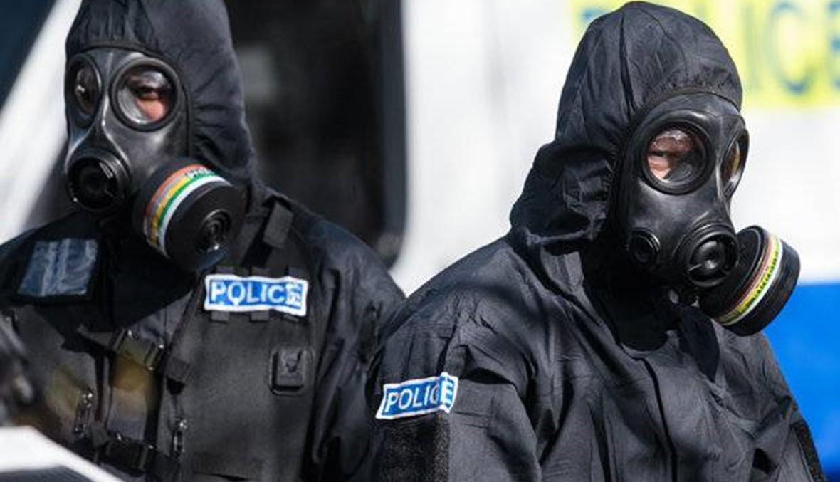 """نقل شخصين تعرضا """"لمادة مجهولة"""" الى المستشفى في حالة حرجة في جنوب انكلترا"""