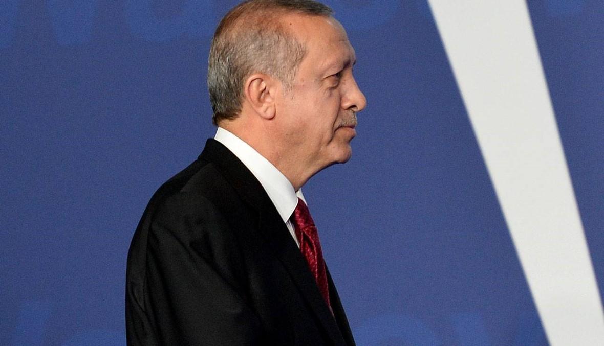 "صلاحيّات أردوغان سيف ذو حدّين... أين ""مانع الصواعق""؟"