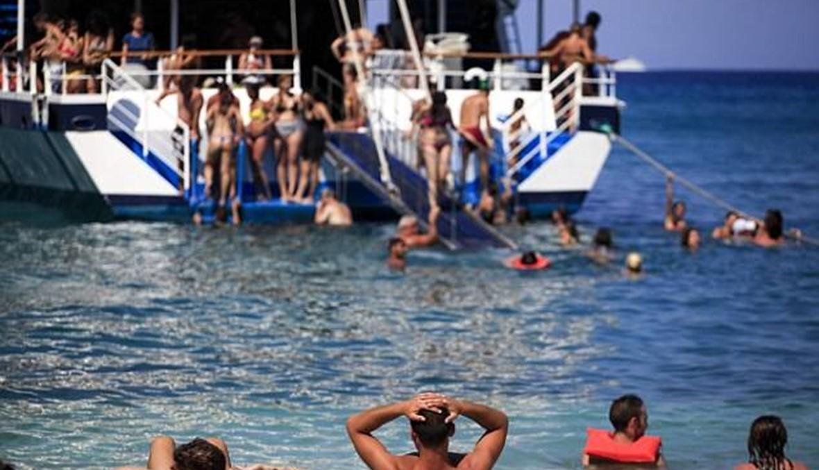 تسمّم 17 مراهقاً أثناء رحلتهم إلى اليونان والسبب الكحول