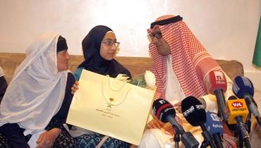 """بخاري اعلن مبادرة انسانية للسعودية بعنوان """"أمنية"""": الكلام عن تقارير ضد الحريري غير صحيح"""