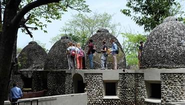 صومعة البيتلز للتأمل في ريشيكيش الهندية: هنا ألّفت الفرقة 50 أغنية في 1968