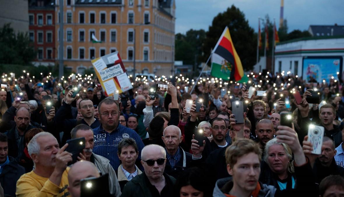 توتّر في كيمنتس الألمانيّة: أنصار اليمين المتطرّف غاضبون من المهاجرين