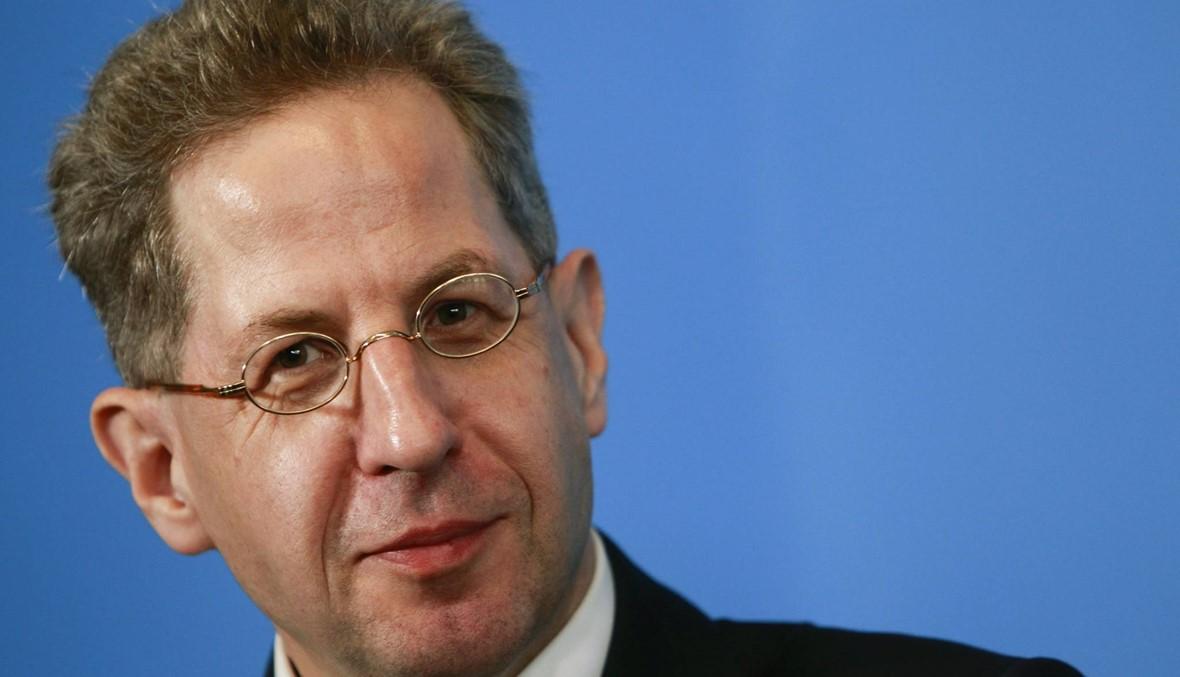 """ألمانيا: رئيس الاستخبارات يناقض ميركل... التقارير عن """"مطاردة أجانب"""" في كيمنتس """"زائفة"""""""