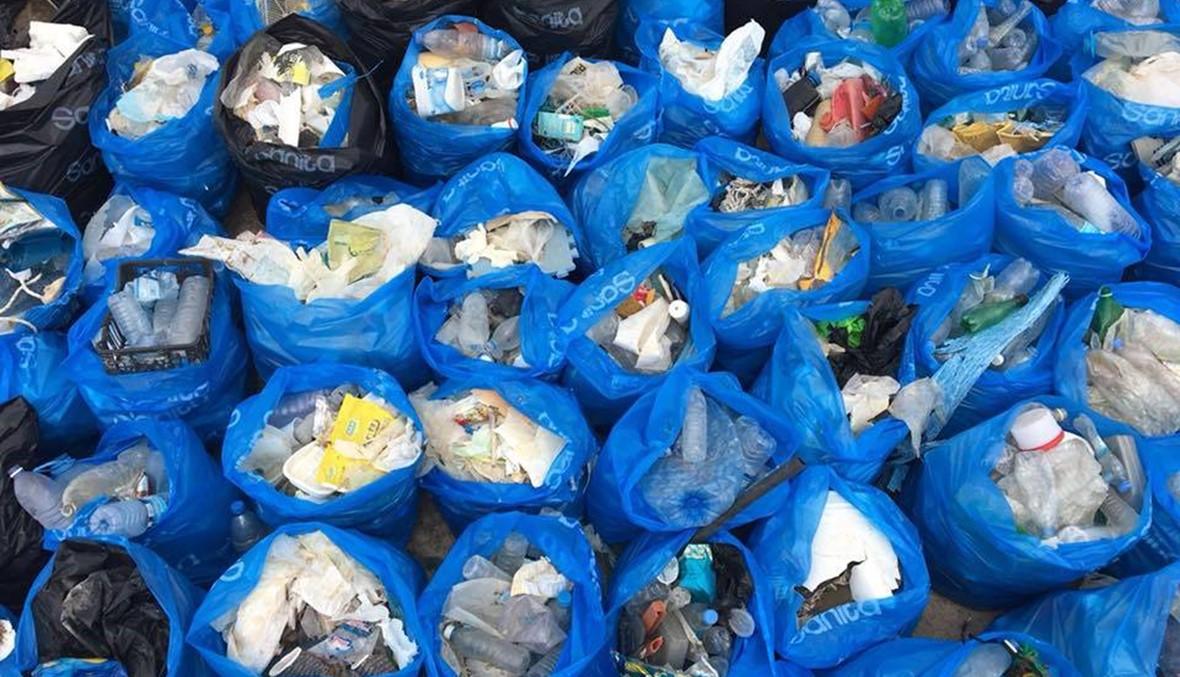 """لبنان يشارك في اليوم العالمي لتنظيف الأرض في غياب الدولة: """"إيد وحدة ما بتزقف"""" (صور وفيديو)"""