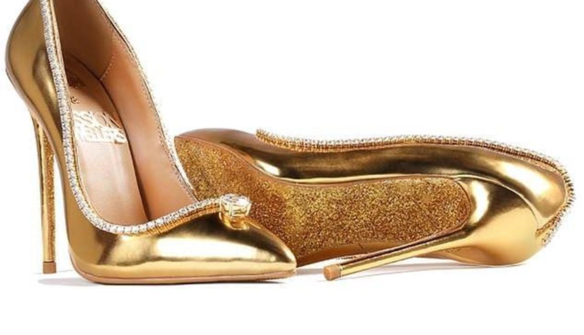 حذاء  بـ17 مليون دولار