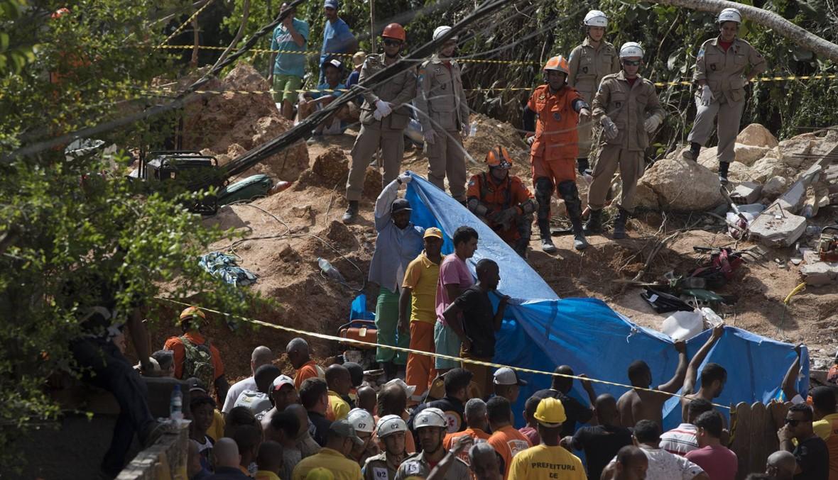 """""""هطلت أمطار غزيرة"""" في ريو دي جانيرو: قتلى ومفقودون بانزلاق للتربة"""
