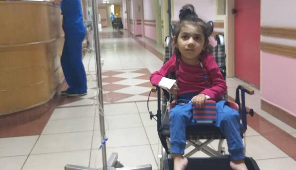 """دواؤها الوحيد غير موجود في لبنان بسبب كلفته العالية...والد أسينات """"شو بعمل ببنتي؟!"""""""