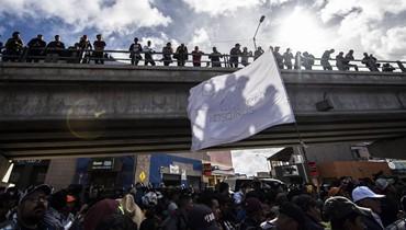 تدريب عسكري أميركي على الحدود المكسيكيّة... المهاجرون يتحدّون ترامب