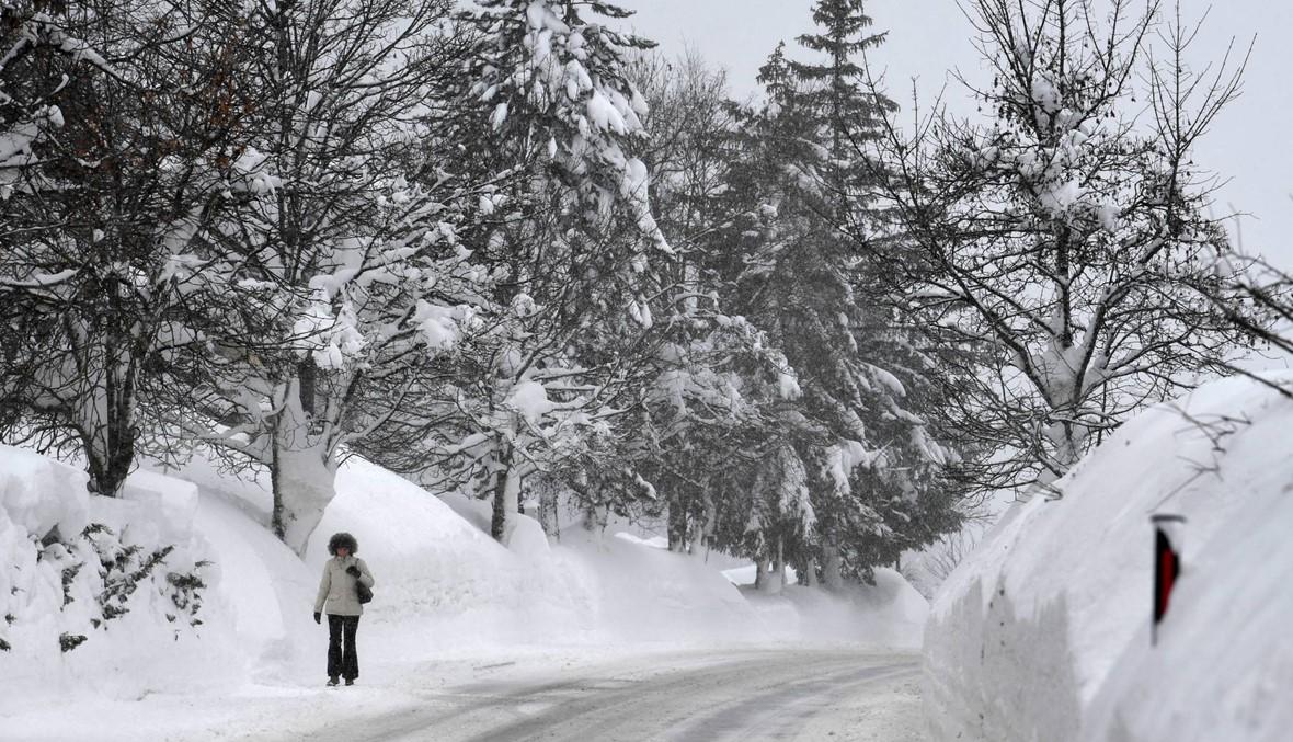 النمسا غرقت في الثلوج: طرق مقطوعة، سكان معزولون، ومدارس مقفلة