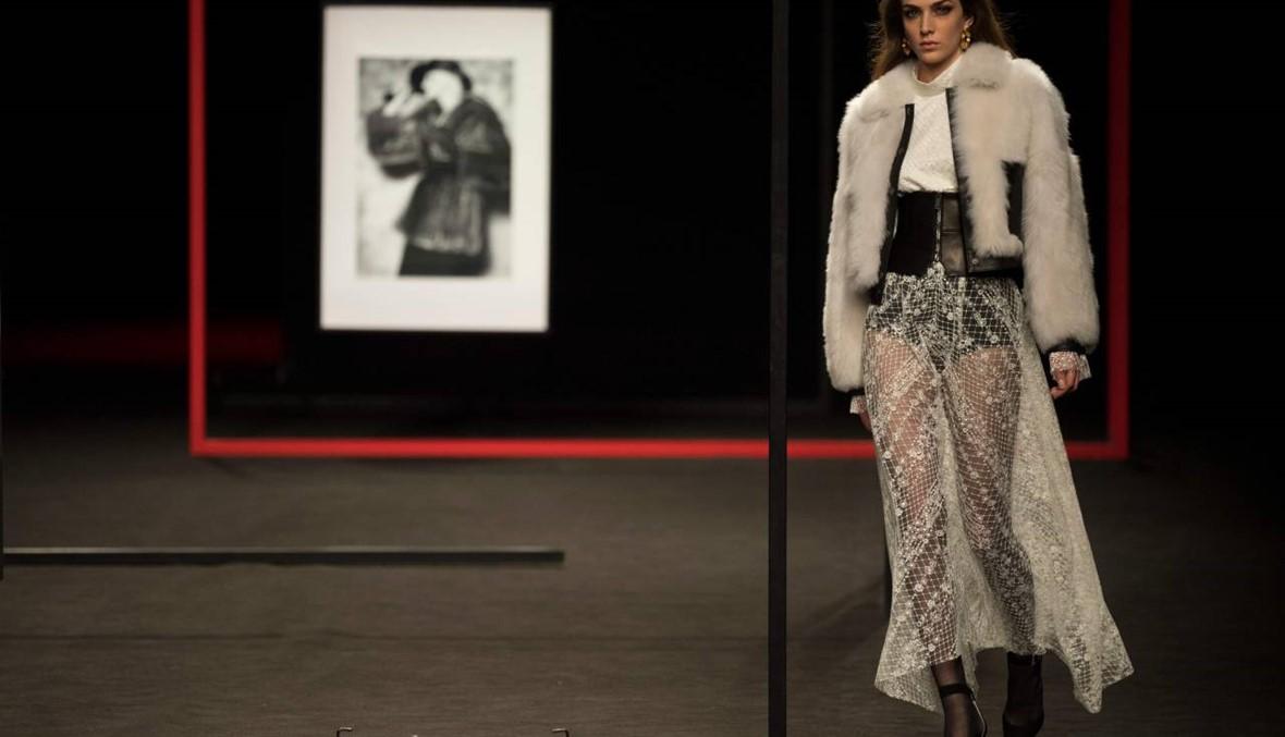 أسبوع الموضة في مدريد لشتاء 2020 يكرّس الفرو الملوّن
