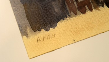 """لوحات منسوبة لأدولف هتلر في مزاد: ألمانيا تضبط 63 قطعة """"لشكوك حول صحّتها"""""""