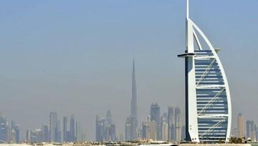 صعود البنوك السعودية وسط هبوط الأسهم الاماراتية