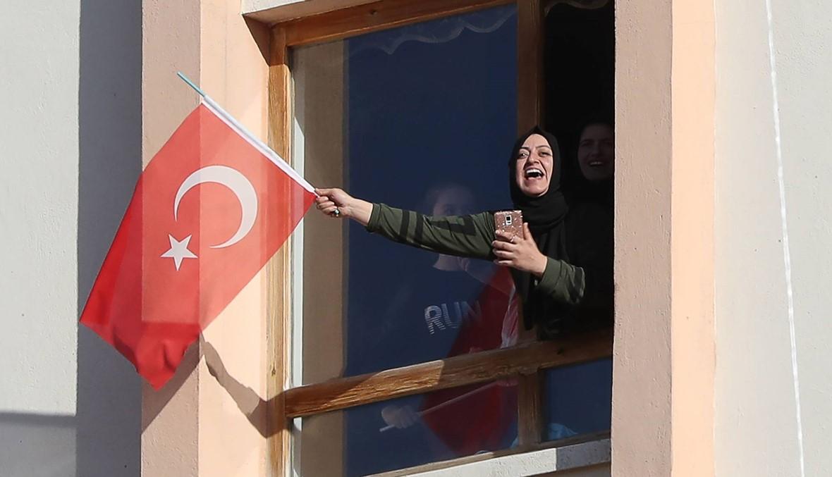 """أنقرة تصدر مذكّرات توقيف بحقّ 100 عسكري """"للاشتباه في ارتباطهم بغولن"""""""
