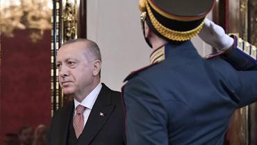 التشكيك بنتائج انتخابات اسطنبول ينعكس اقتصادياً... تراجع في الليرة التركية