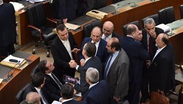 """""""القوات اللبنانية"""" تلاقي """"حزب الله""""... تقاطعات وتهدئة واستمرار الخلاف """"الإقليمي"""""""