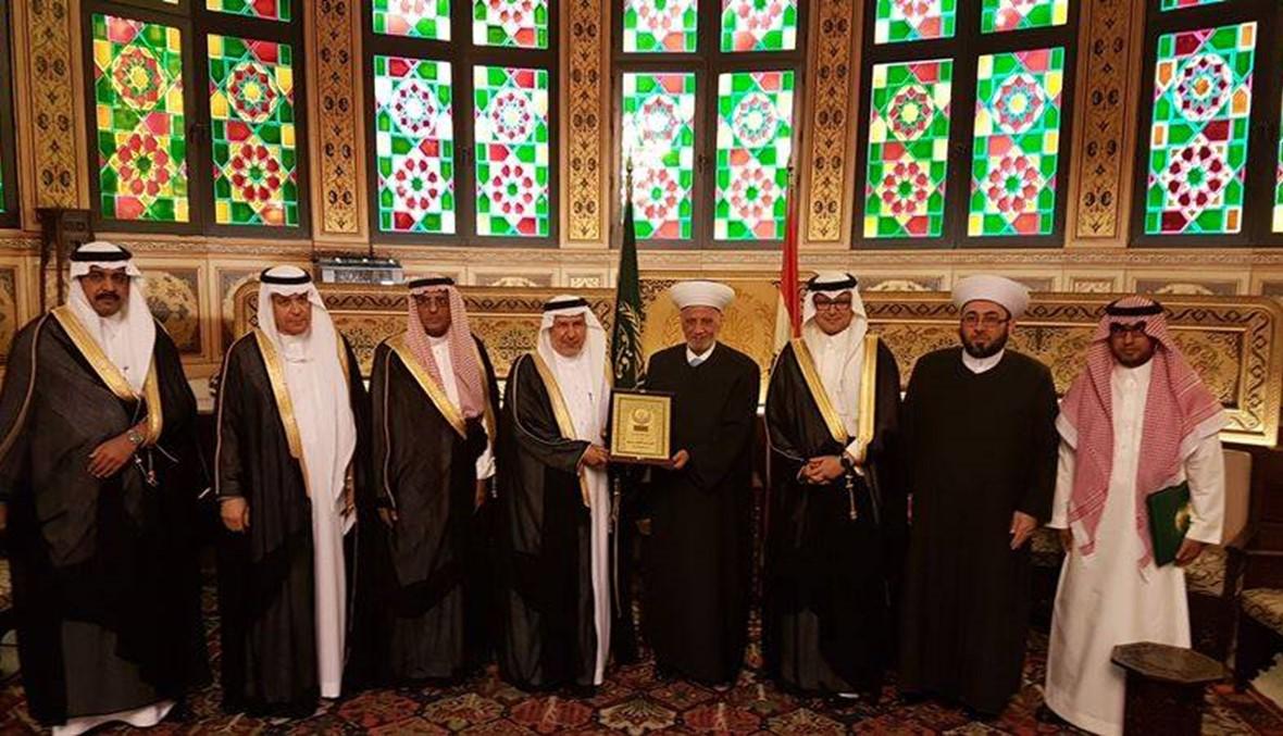المستشار بالديوان الملكي في السعودية من دار الفتوى: الجميع متفائل بمستقبل لبنان