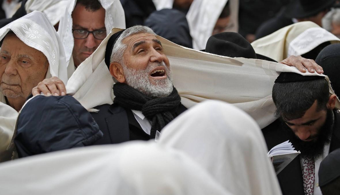 آلاف اليهود تجمّعوا أمام حائط المبكى في عيد الفصح