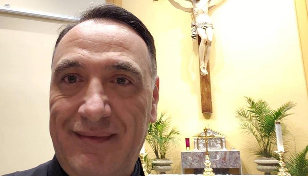 """""""شهادة حياة نجوى كرم متطابقة لشهادة حياة الأب طوني الخولي"""" (فيديو)"""