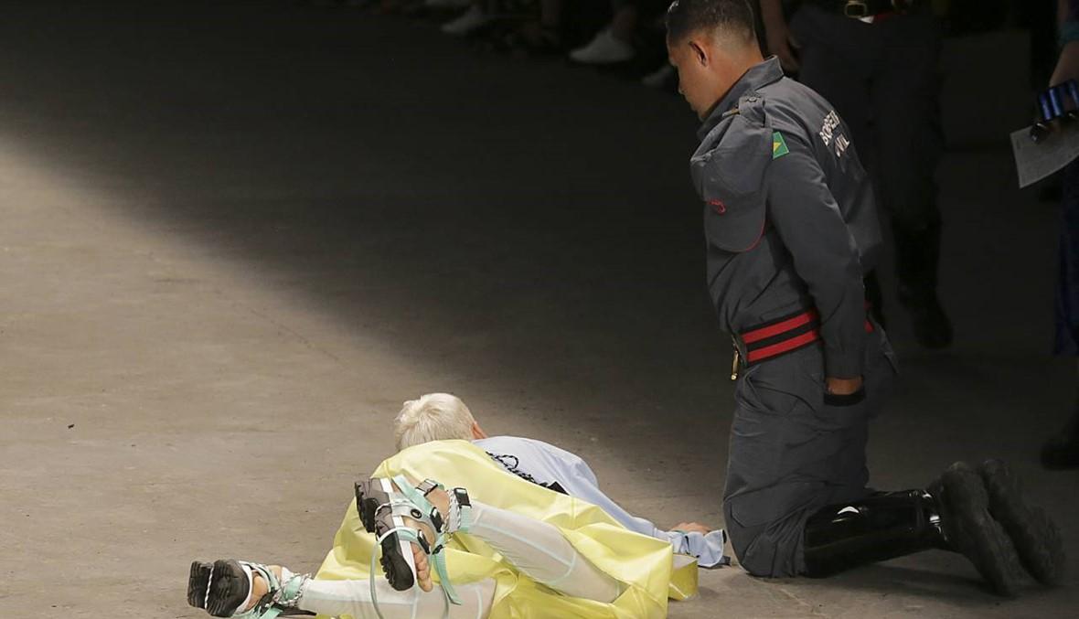 اللحظات الأخيرة في حياة عارض الأزياء البرازيلي... هل كان يعاني مشكلة صحية؟