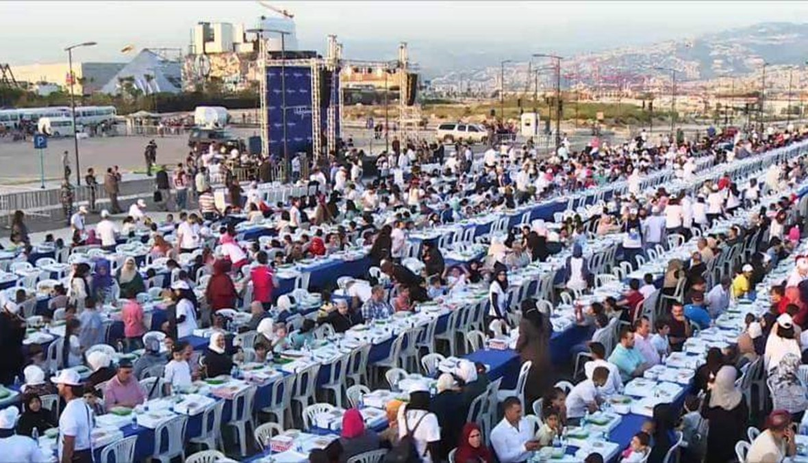 """لتحطيم رقم الإمارات ولبنان... مصر تستعد لدخول موسوعة """"غينيس"""" بأطول مائدة رمضانية"""