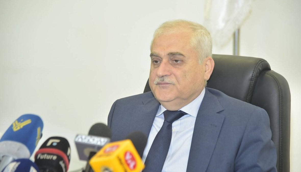 """هل يأخذ """"حزب الله"""" لبنان إلى مواجهة مع واشنطن عبر وزارة الصحة؟"""
