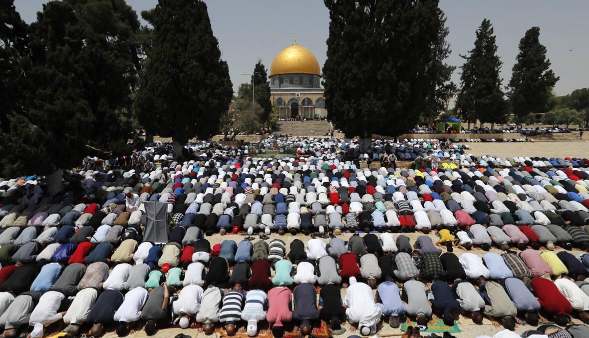 الجمعة الثانية من رمضان: 200 ألف شخص صلّوا في المسجد الأقصى بالقدس