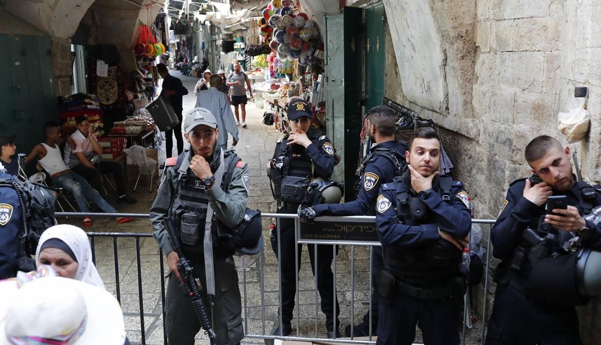 آلاف صلّوا في الأقصى: مقتل فلسطينيّين، وأحدهما طعن إسرائيليّين في القدس