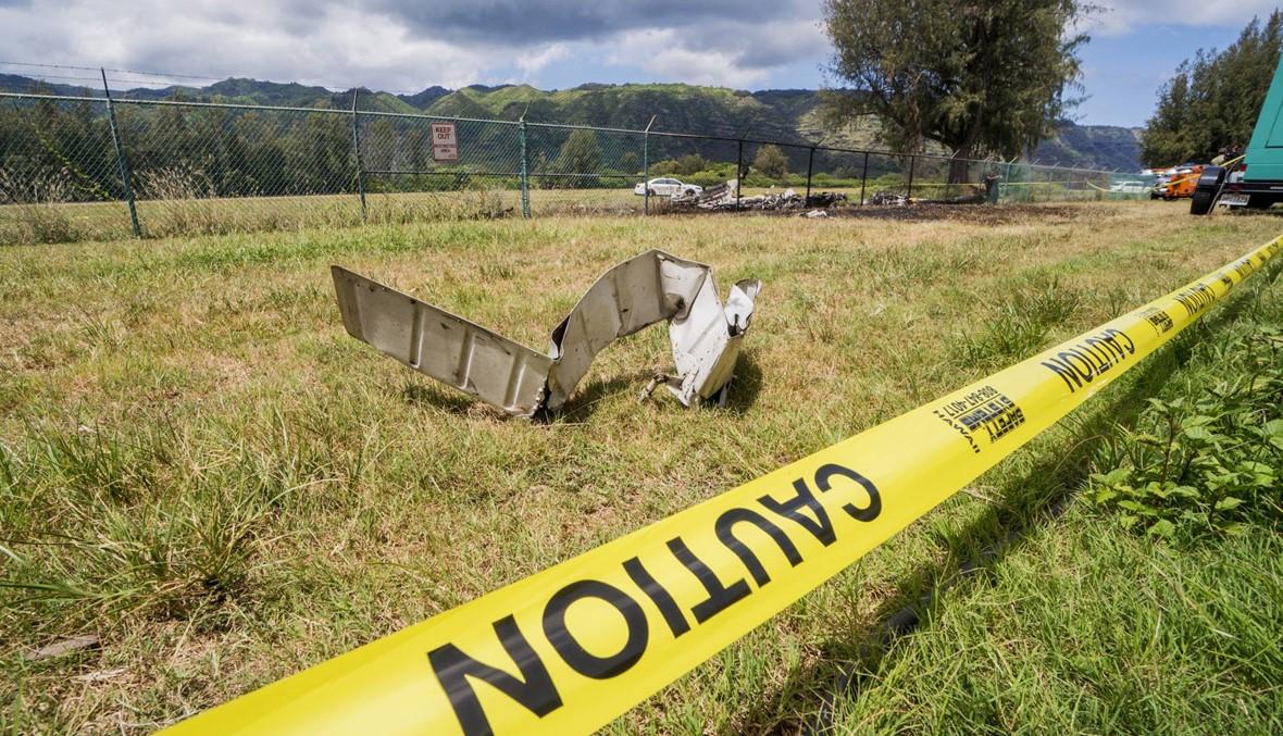ألسنة اللهب تتصاعد: مصرع 11 شخصاً بتحطّم طائرة في هاواي