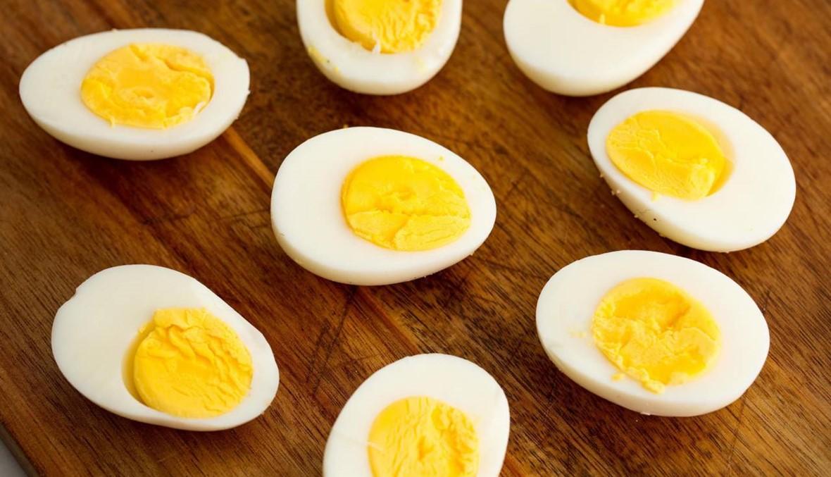 هل البيض يزيد من نسبة الكولسترول بالدم؟