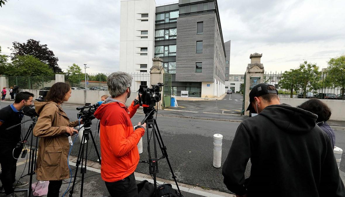 نتائج التحقيق تُعلن لاحقاً... دفن فنسان لامبير رمز الجدل بشأن الموت الرحيم في فرنسا