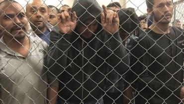الثمن المأسوي لعبور الحدود الأميركية المهاجرون واللاجئون انتهوا في أقفاص بشرية