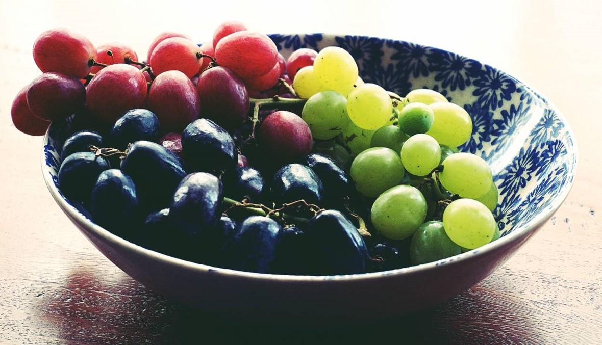 أحمر، أسود أم أخضر... هذه فوائد أنواع العنب!