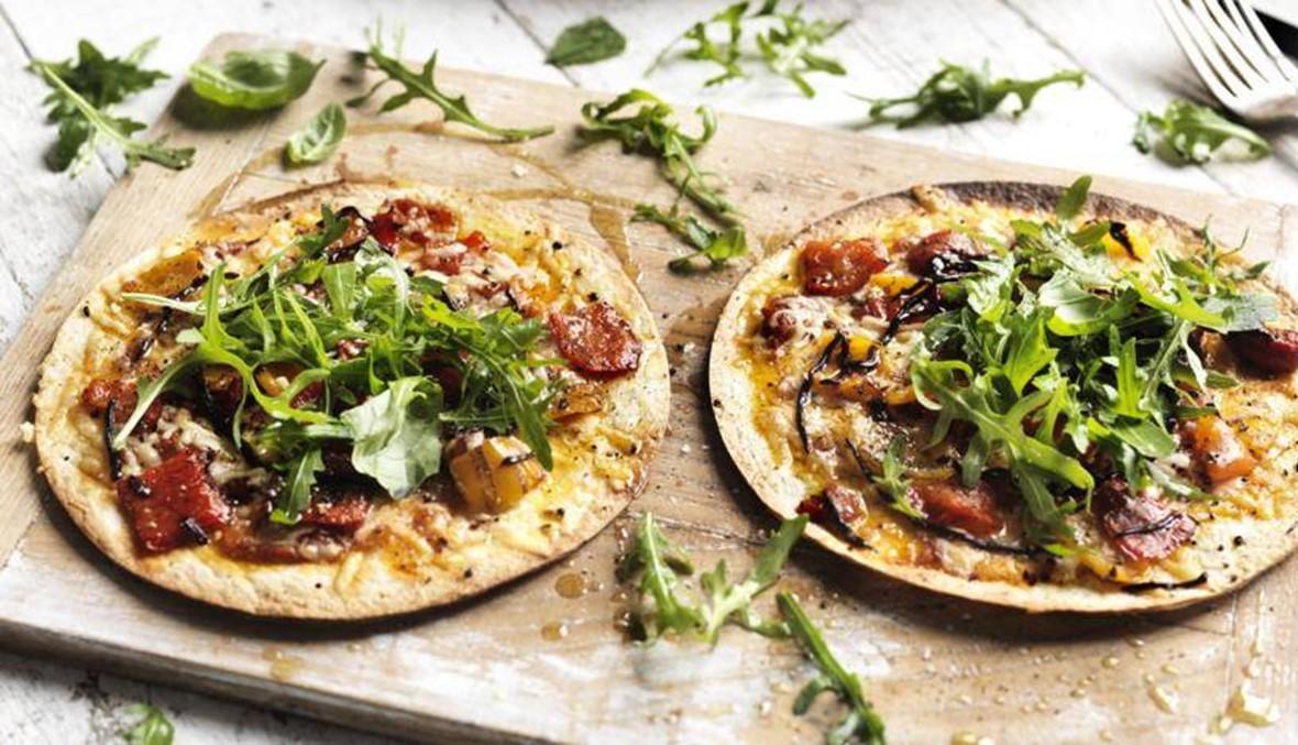 حبات التورتيلا مع البيض والجبنة: طبق عصريّ على مائدتك!