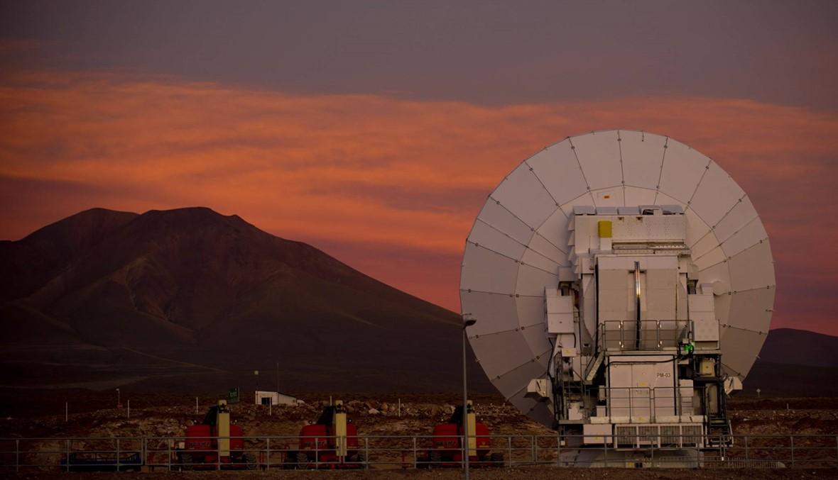 """علماء فلك يرصدون 40 مجرّة """"سوداء""""... بفضل """"ألما"""""""