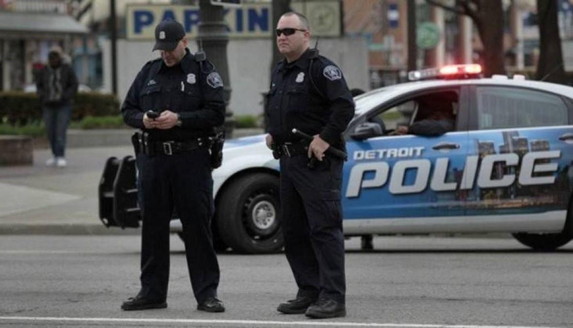 الشرطة تعثر على 25 قطعة سلاح لدى رجل أطلق تهديدات في الولايات المتحدة