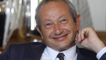 """شاب مصري يُحرج نجيب ساويرس على """"تويتر""""... """"ابعتلي رقمك""""!"""