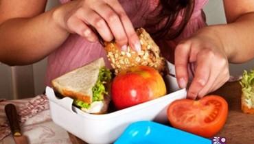 إليك الأطعمة المسموح بها في المدرسة والممنوعة!