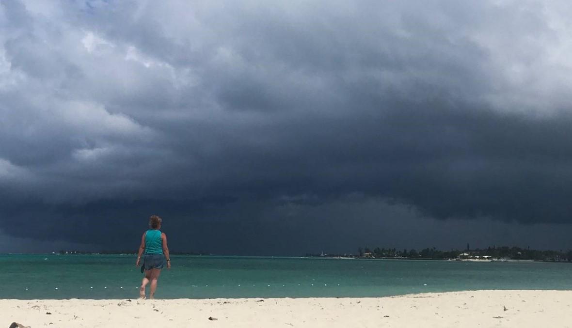 """عاصفة جديدة تجتاح جزر الباهاماس... """"قد تضرب فلوريدا السبت"""""""