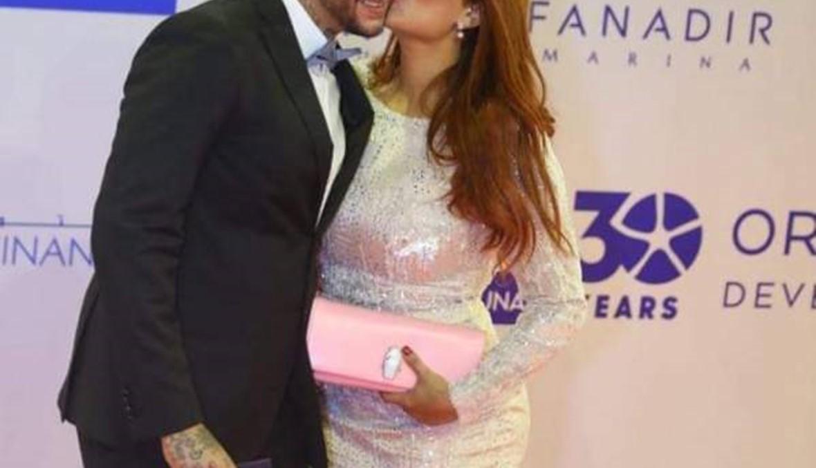 قبلات كل مهرجان بين أحمد الفيشاوي وزوجته