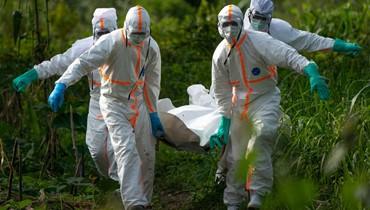 """بعد انتقادات عدّة... """"الصحة العالمية"""" تعتمد لقاحاً ثانياً ضدّ إيبولا في الكونغو"""