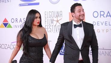 بعد مشاجرتهما في الجونة... أحمد الفيشاوي يظهر مع زوجته في صورة جديدة
