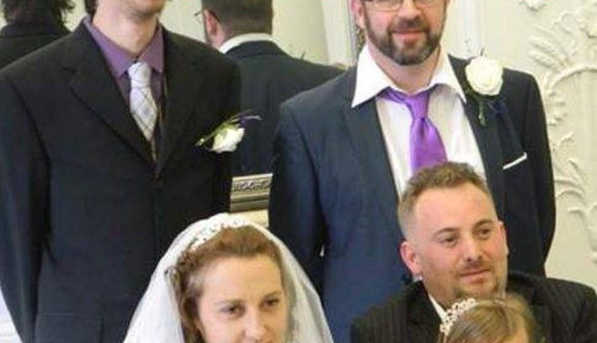 في عرسها: حبيبها السابق وقف إشبينًا لزوجها الجديد