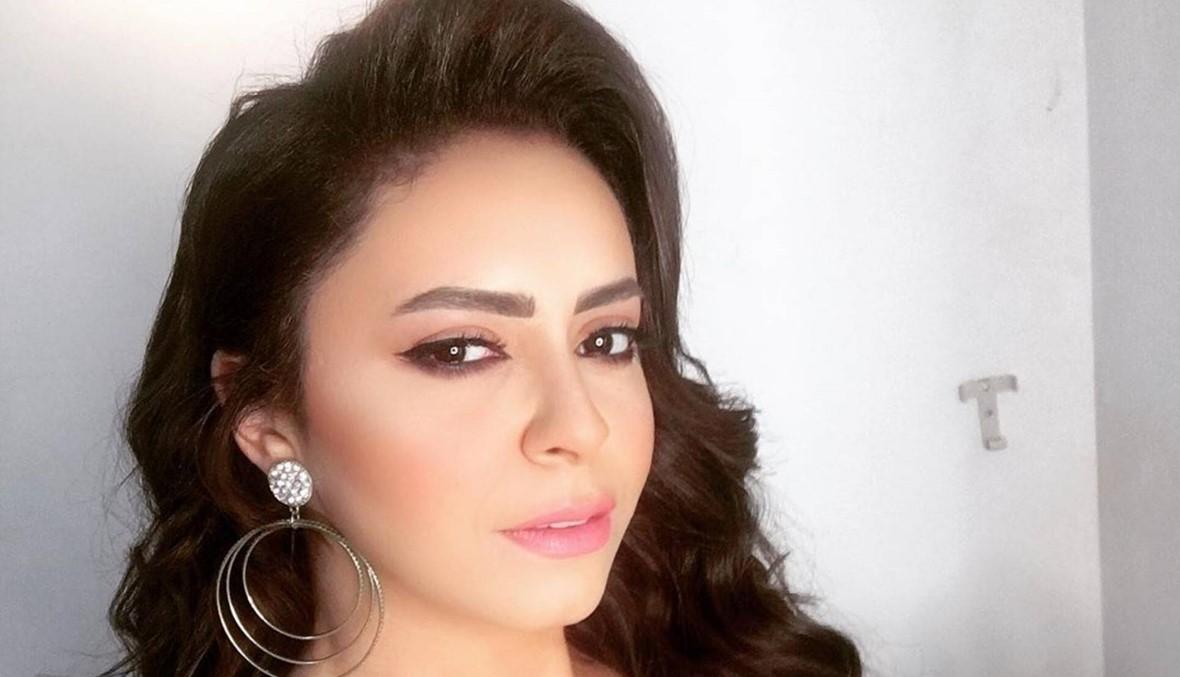ياسمين نيازي تحتفل بميلادها مع نجوم الفن (صور)