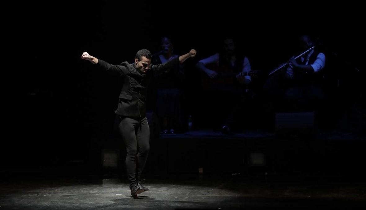 دافيد غوتييريز يروي قصة حياته بالرقص على الخشبة